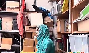 Arab Teen Audrey Royal Smelly Shoplifting
